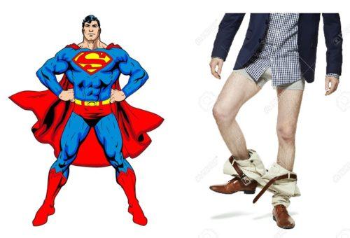 A destra il noto supereroe, a sinistra io che cerco di imitare involontariamente il suo costume